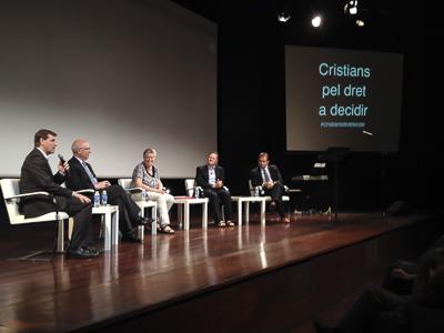 Imatge de la taula rodona amb Joan Rigol, Victòria Molins, Xavier Morlans i Miquel Calçada